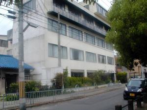 解体前の蝸牛社ビル